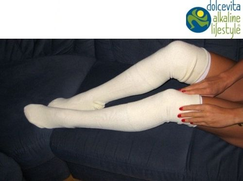 Socks set for alkaline treatments